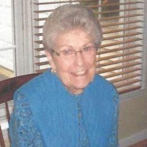 Ms. Elizabeth (Lyon) Andrews Obituary Photo