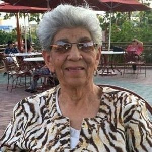 Persia  Mendez Obituary Photo
