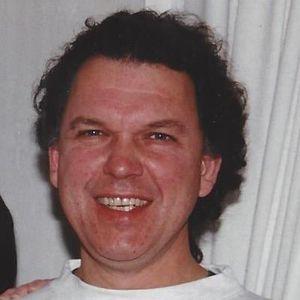 Richard J. Lynch Obituary Photo