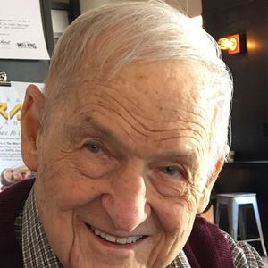 Henry E. Riemenschneider, Jr. Obituary Photo