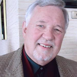 Charles R. Thomas, M.D. Obituary Photo