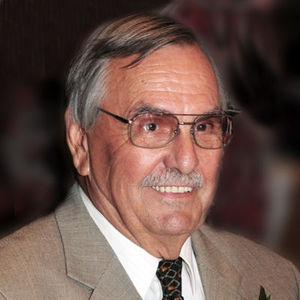 Donald P. Schmid Obituary Photo