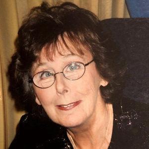 """Marilyn """"Lynn"""" Brunette Obituary Photo"""