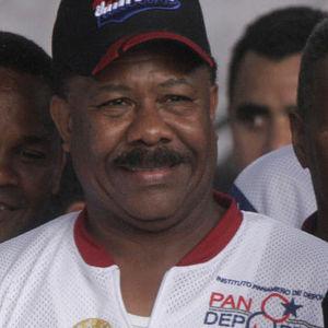 Eusebio Pedroza Obituary Photo