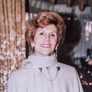 Marie (nee Razzi) Capodici Obituary Photo