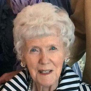 Marilynn Doris Clarke Obituary Photo