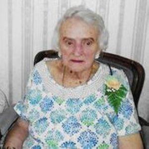 Betty Deniz Obituary Photo