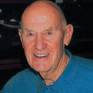 """Francis D. """"Frank"""" Diver Obituary Photo"""