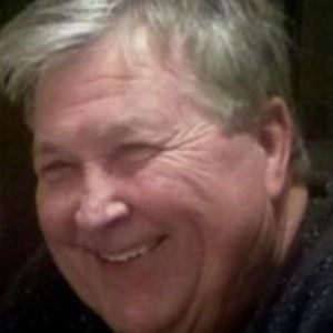 Glenn W. Davis Obituary Photo