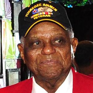 Robert T. McDaniel Obituary Photo