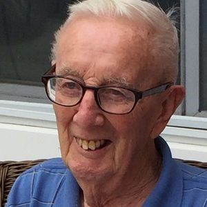 George R. Howe Obituary Photo