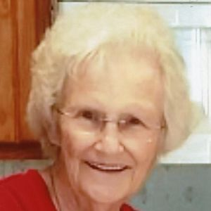 "Christine ""Chris"" Thompson Obituary Photo"