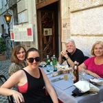 Outdoor dining in Roma