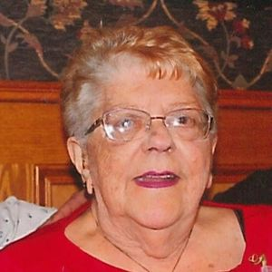 Yvette (Pilotte) (Deneau) Searles Obituary Photo