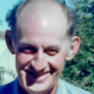 Burton  E. Lindsey  Obituary Photo