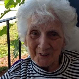 Lola (DiVirgilio) Hogan Obituary Photo