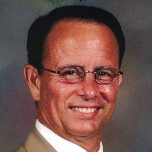 Michael D, Leach