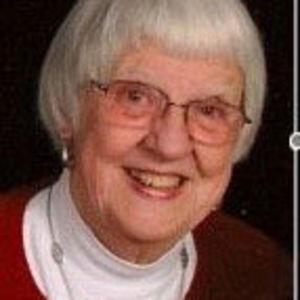 """Jacqueline """"Jackie"""" Johnston Obituary Photo"""