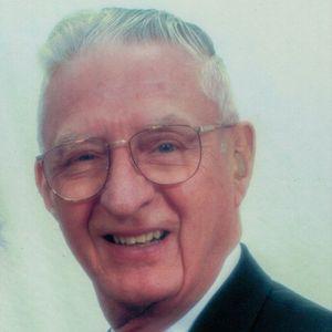 Milton  E.  Henderson, M.D. Obituary Photo