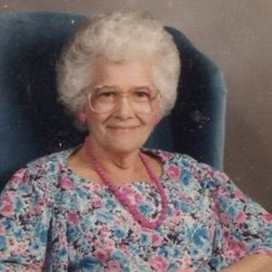 Shirley Elizabeth Helton