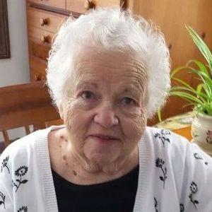 Barbara Munroe Obituary Photo