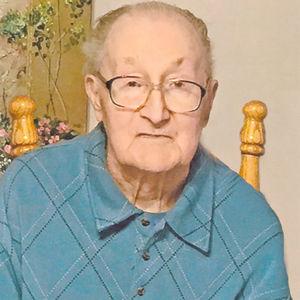 Frank Betsch, Jr. Obituary Photo