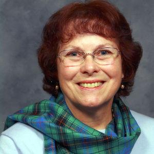 """Sara Elizabeth """"Bette"""" Hinton"""