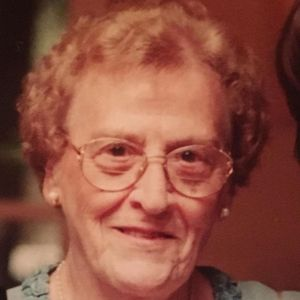 Mrs. F. Yvette (Lavoie) Stowe Obituary Photo
