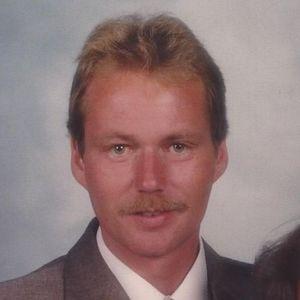 Bruce Bellville