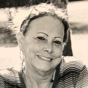 Maxine Pizzurro