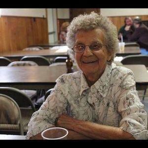 Esther Hilda Earle Obituary Photo