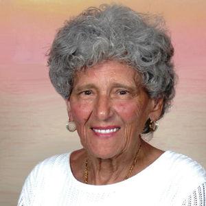 Ninfa Santa Davison Obituary Photo