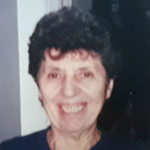 "Isolina ""Lina"" Capuzzi Obituary Photo"