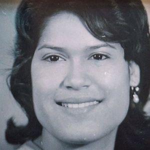 Linda (Henry) Moreno