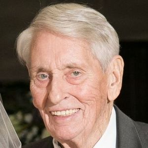 "Francis Burnett ""Frank"" Cross, Sr. Obituary Photo"