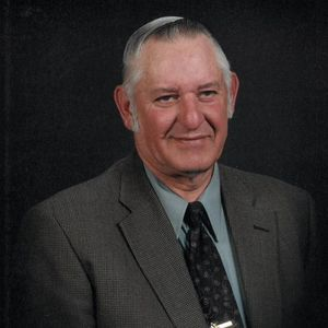 Mr. Johnny Foster Holcombe