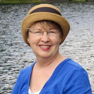 Gail  Christ