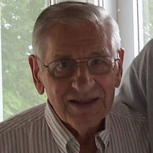 "Harold  ""Mike"" Michael Obituary Photo"