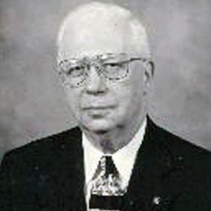ROBERT D.  CARPENTER
