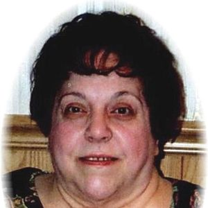 "Geri ""Cookie"" Izzo Obituary Photo"