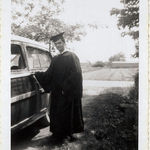 Aubrey graduates from the College of William and Mary in 1952