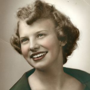 "Marilyn  ""Lynn"" B. Scarbath Obituary Photo"