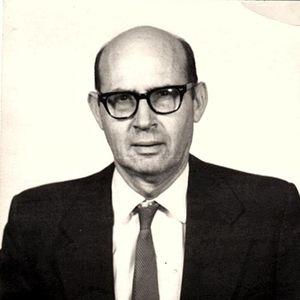 Dr. H. Richard  Hellstrom