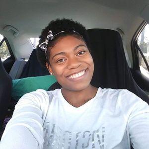 Ms.  Derika Robinson