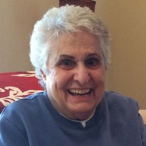 Helen R. Caruso Obituary Photo