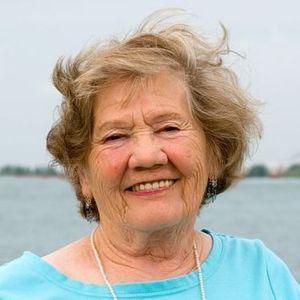 Clara  P. Molnar Obituary Photo