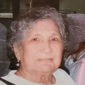 Ester Salazar