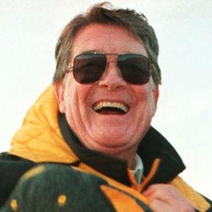 Hayden Fry Obituary Photo