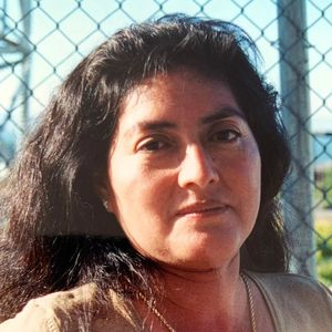 Lucy Smeldrina Gonzalez Obituary Photo