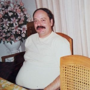 Richard R LaPlante